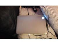 HP DV7 beats audi laptop 17 inch