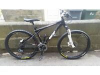 Mountain Bike GT Avalanche 2.0