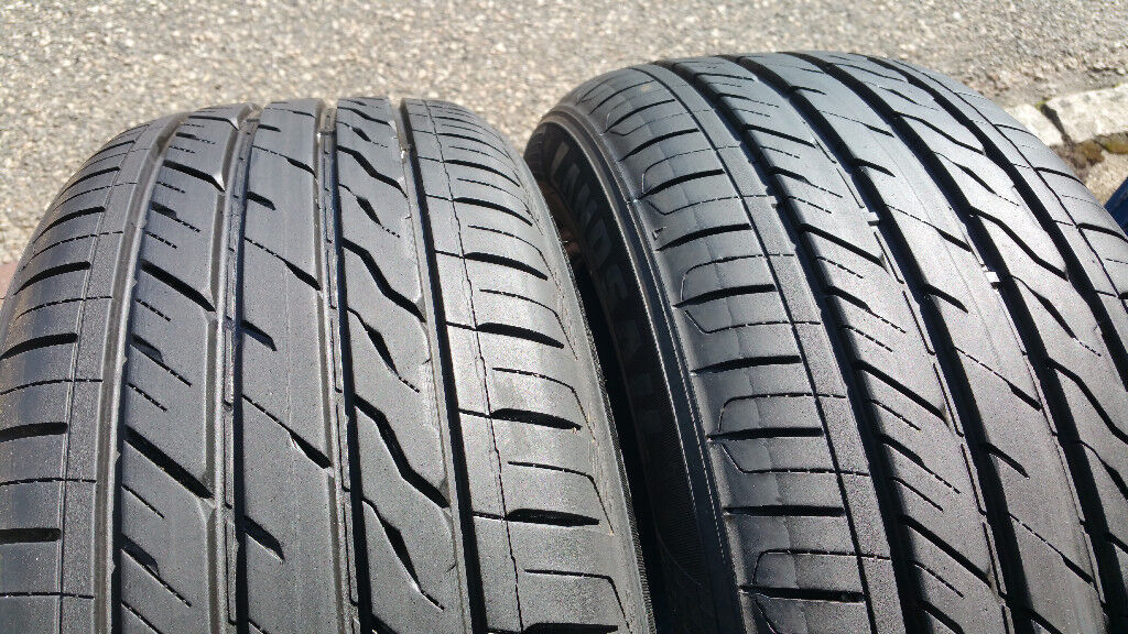 215 55 17 2 x tyres Landsail 588 UHP