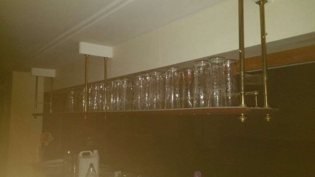 OVERBAR GLASS RACKS / HANGING SHELVES WITH LINING