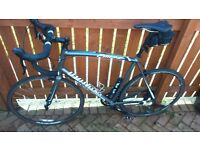 Mens Specialized Road Bike - 61cm frame (Shimano cleat pedals and Garneau fitted shoes included)