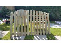 5x4 oval garden fence