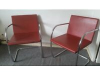 Two Knoll Studio Leather Chairs in Fine Condition