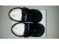BLACK GLOSS SIZE 6 CHILDS WEDDING / CELEBRATION SHOES by SEVVA - BOXED AS NEW