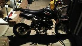 125cc pitbike / dirtbike