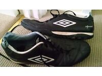 Umbro size 10 football trainers