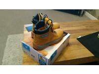 Safety steel toe capped boots size 7