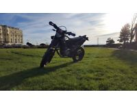 Yamaha WR125X - Great condition + awesome looks = perfect learner bike