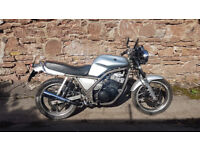 Yamaha SRX600. Would suit Distinguished Gentleman... Recommissioned and reconditioned. New MOT
