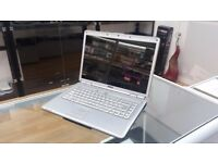 "Laptop 15.4"" HD LED, Built-in Wi-Fi, HDMI"
