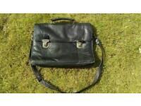 Black soft leather laptop bag/briefcase