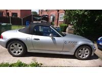 BMW Z3 CONVERTABLE EXCELLENT CONDITION MUST BE SEEN. LEATHER SEATS, ALLOY WHEELS