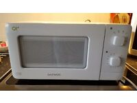Daewoo QT1 Cat B Microwave Suitable for Caravan or smaller kitchen.