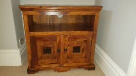 JALI SHEESHAM SOLID WOOD TV CABINET **EXCELLENT CONDITION** RRP £255