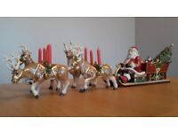 SANTA with REINDEERS PULLING SLEIGH (Musical) made by Villeroy & Boch (New)