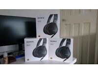 Sony MDR-1A Prestige Overhead Headphones - Black - Brand New & Boxed