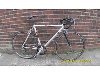 TREK RACING BIKE LARGE LIGHTWEIGHT 22in/56cm ALLOY FRAME CLEAN TIDY BIKE