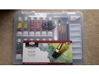 brand new watercolour set still in packaging with free book £8