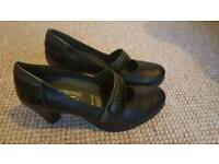 Brand new Women's smart work or school shoes size 4