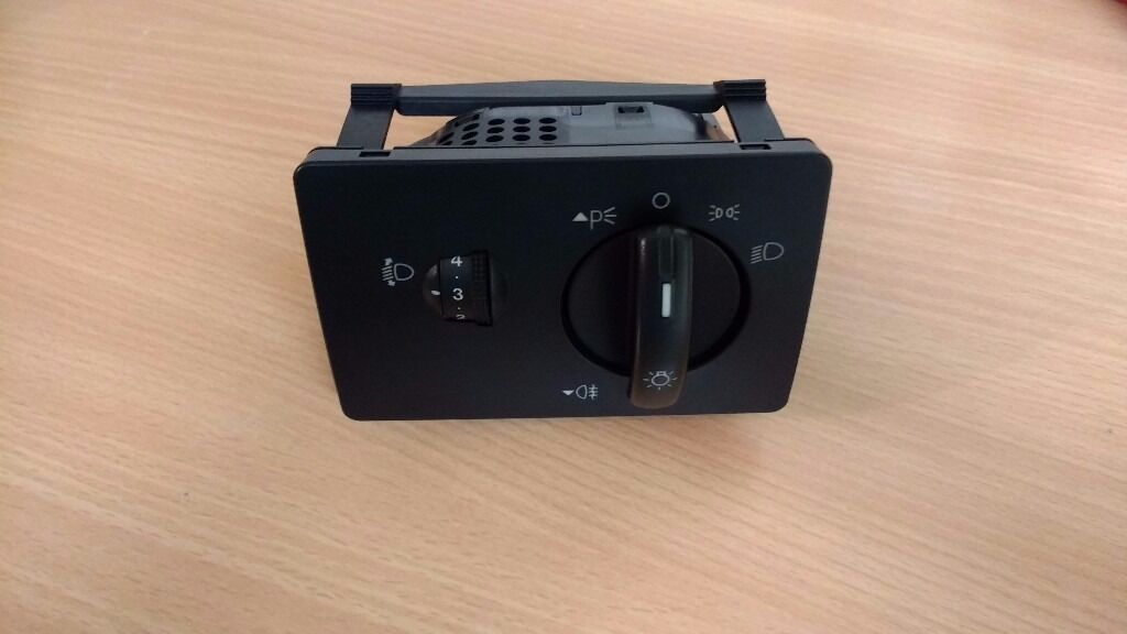 ford focus mk2 headlight control unit | in bournemouth