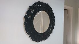 DECORATIVE LACQUERED MIRROR