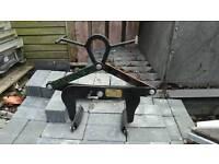Penny hydraulics kerb lifter block