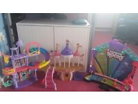 My little pony castles and stage