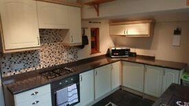 Used Kitchen and Integrated Appliances