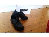 BRAND NEW safety shoes – Size: 11 (UK) / 46 (EU)