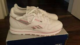 Brand new with tags Reebok trainers size 6
