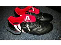 New football shoes boots