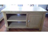 TV Cabinet oak