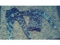 Ladies velvet jogging suit