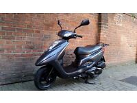 Yamaha vity 125 2014 with extras Only £999 automatic scooter legal learner moped 125cc