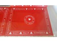 🌟NEXT Glass Red Chopping board🌟