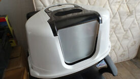 Cat Litter Tray with Lid and Filter