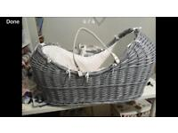 Baby pod Moses basket crib