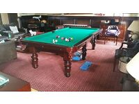 9x4.5 snooker/pool table totally as new