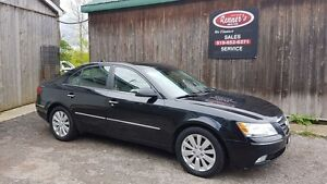 2010 Hyundai Sonata LIMITED, NAVIGATION, SUNROOF, Alloy, Leather