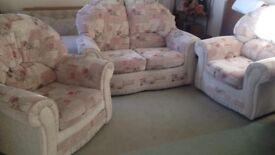 Bargain! 2 Seater Sofa & 2 Matching Armchairs VGC & Comfortable!