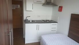 Clean and Modern Brixton Studio Flat. Only 2 mins from Brixton Tube. Includes bills and WiFi.
