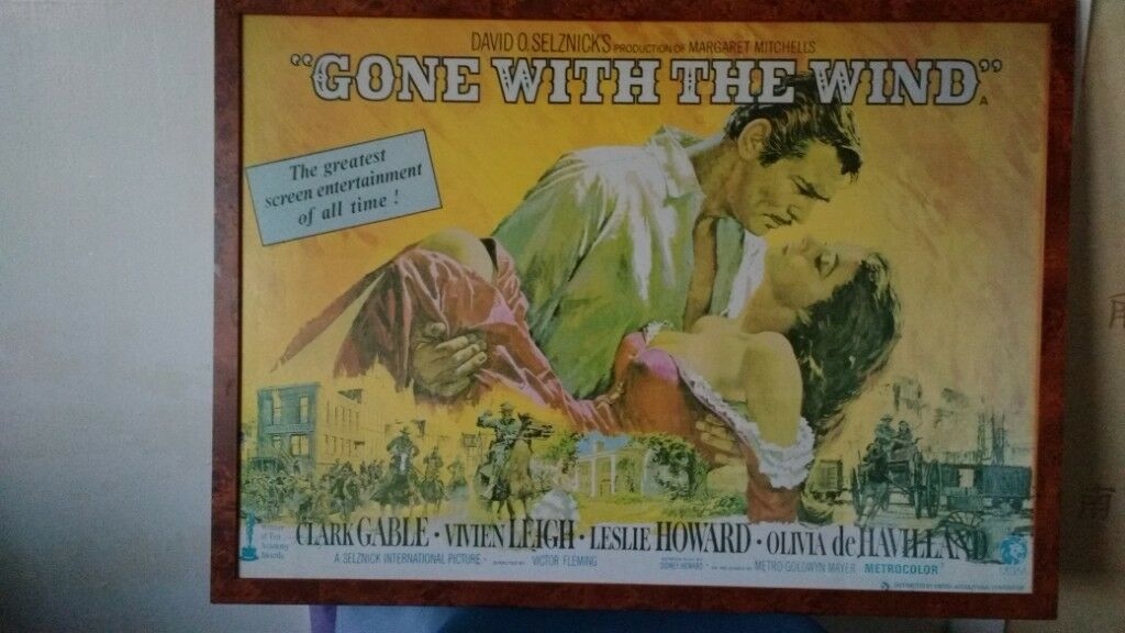 REALLY LARGE GONE WITH THE WIND MOVIE POSTER 920 CM X 625 NEARLY A METER WIDE CINEMA