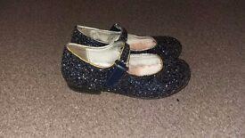 Size 7 girls glitter shoes