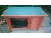 Small guinea pig / rabbit hutch