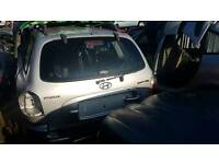 Hyundai santa fe v6 petrol 2002 silver