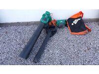 Black and Decker Leaf Blower and Lifter.3000 watt