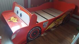 Children's Toddler Bed Cars Lightening McQueen & Curtain lampshade & pictures