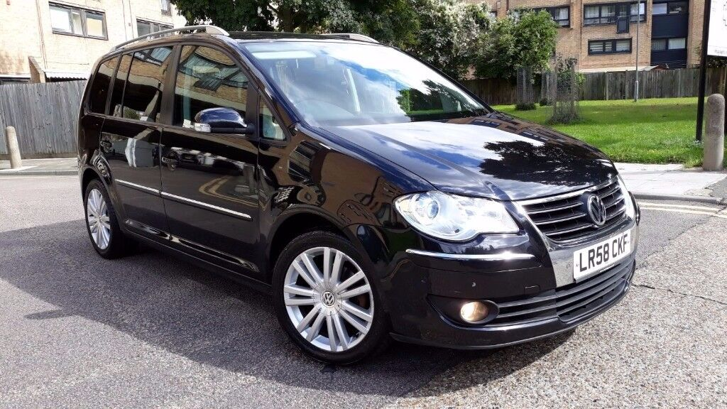 2009 vw touran sport 2 0 tdi manual 7 seater in north london london gumtree. Black Bedroom Furniture Sets. Home Design Ideas