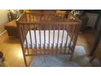 Oak colour baby crib