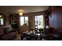 2 double bedroom house in SE6 for 3 bed room house